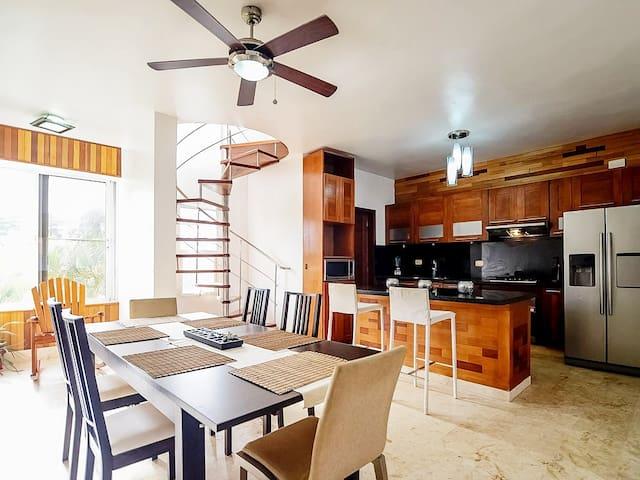 A Dream Oasis - Your Duplex Penthouse