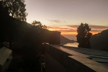 Furnished 1 BHK Apartment Nainital - Nainital - Leilighet