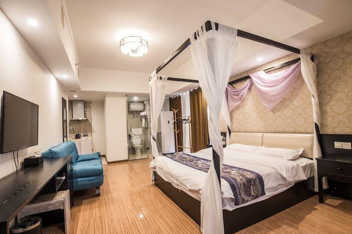 中式豪华大床房