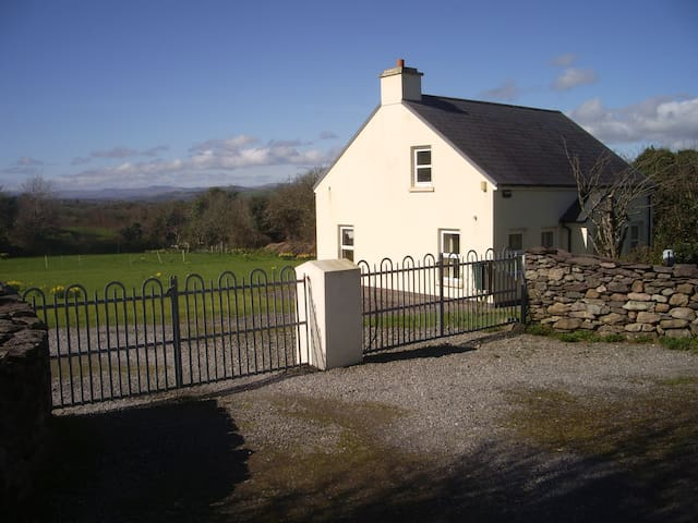 Kestrel Cottage - Macroom - Chatka