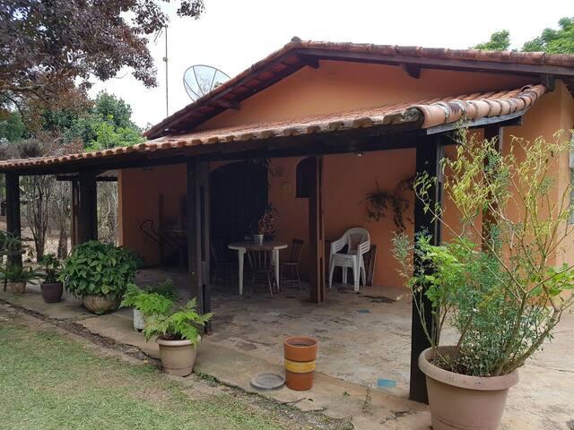 Chácara com piscina 80 km de SP - Porto Feliz - Cabin