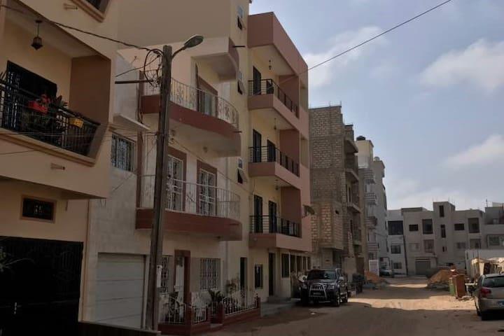 Dakar : Appartement Rooftop. Vue sur Renaissance.
