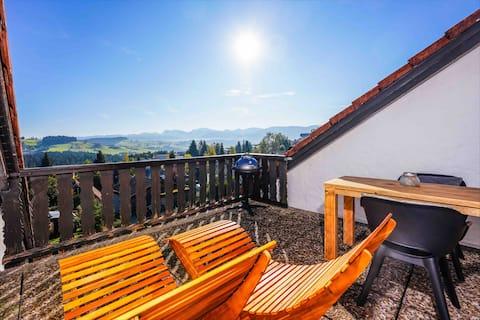 Allgäu Panorama Chalet in Oberreute mit Stil
