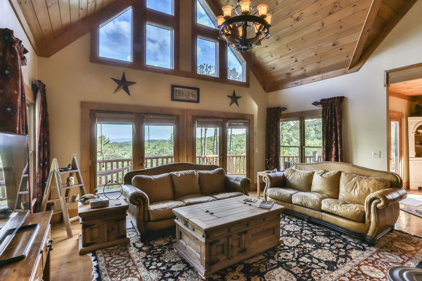 Rare 5 bedroom lodge with stunning mountain views overlooking 500 acres of unspoiled wilderness