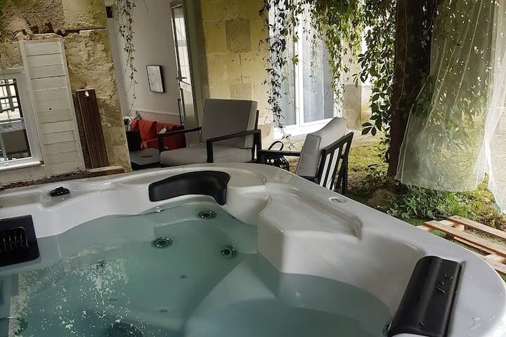 Gîte et spa privé à 1h du ZOO de Beauval.