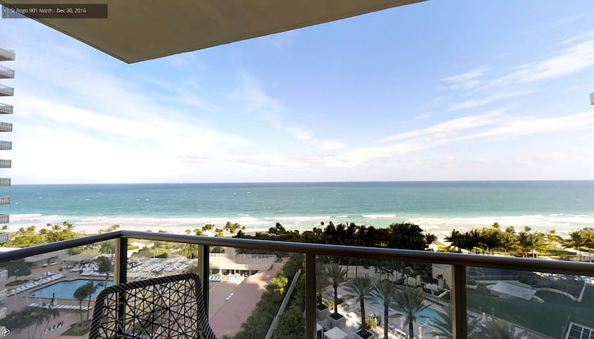 Sent Regis amazing unit - Bal Harbour