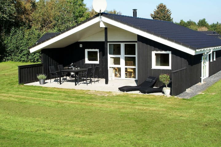 5 star holiday home in Oksbøl