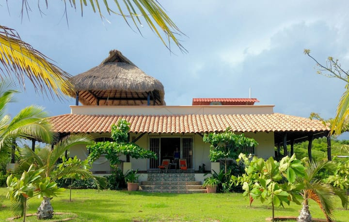 Casa Chuparrosa