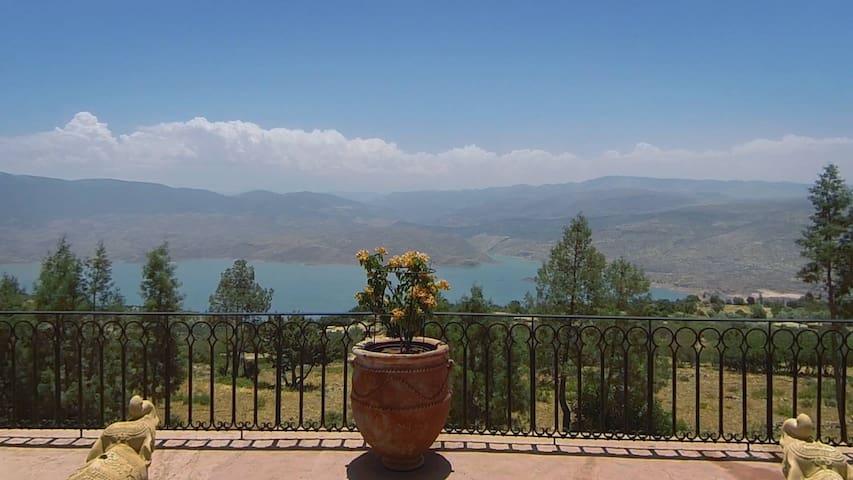 Villa Ananichou - Bin El Ouidane - Casa de camp