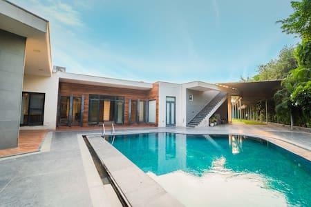 <Private Pool Villa > Royal Arches Pool Villa