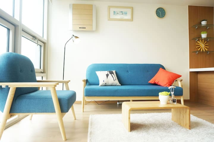 [Myeongdong] 2BR Grand Suites #D @ 5 Beds