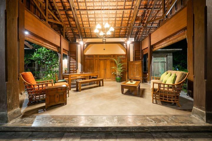 Mahidara - Spacious & Authentic in Quiet Village
