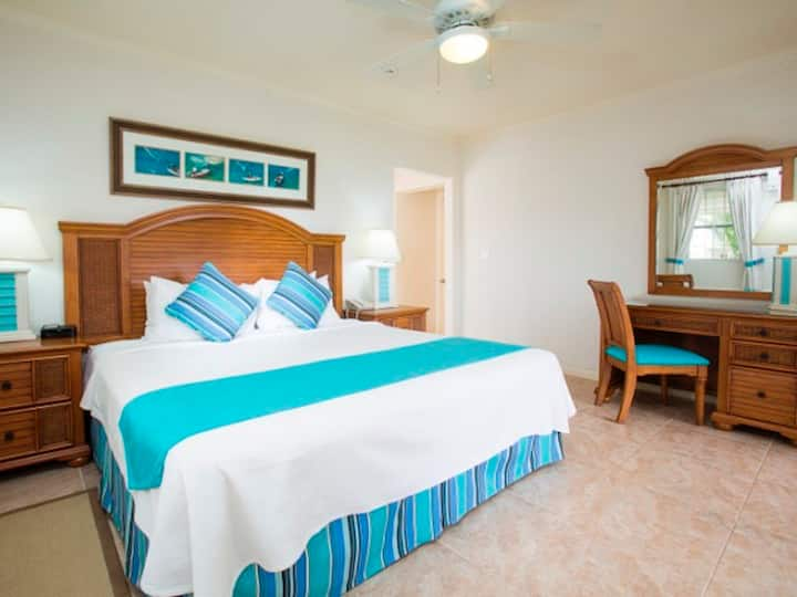 One Bedroom Suite at Beach View Hotel