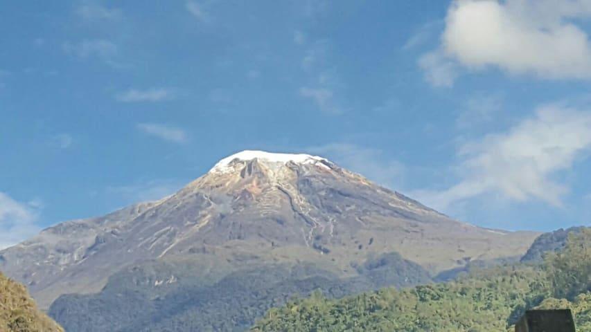 Vista al nevado del Tolima