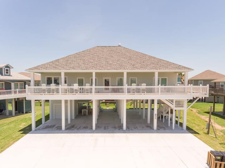 Diamond, Family Friendly, Open Concept, Dog Friendly, Crystal Beach, Texas