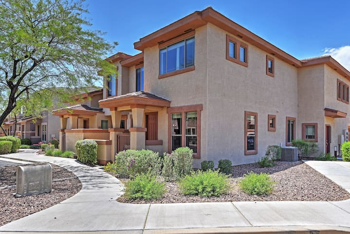 Gated 3BR Anthem Townhome w/Pool Access!