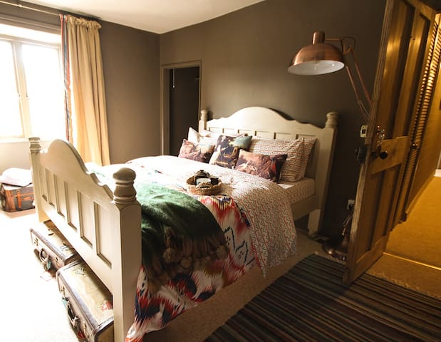 The Culm Valley Inn, sumptuos king size no.2 - Culmstock - Bed & Breakfast