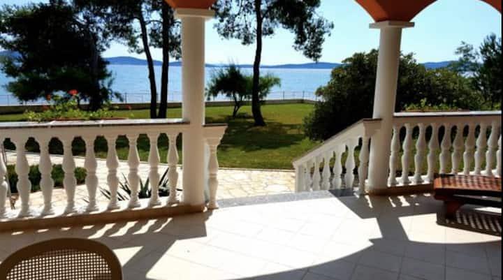 Villa Kayo waterfront apartment w/sea view(Apt #1)