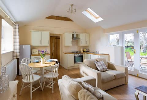 luxury cottage,perfect for exploring north wales