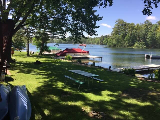 Chain O' Lakes Summer Rental - Waupaca, WI
