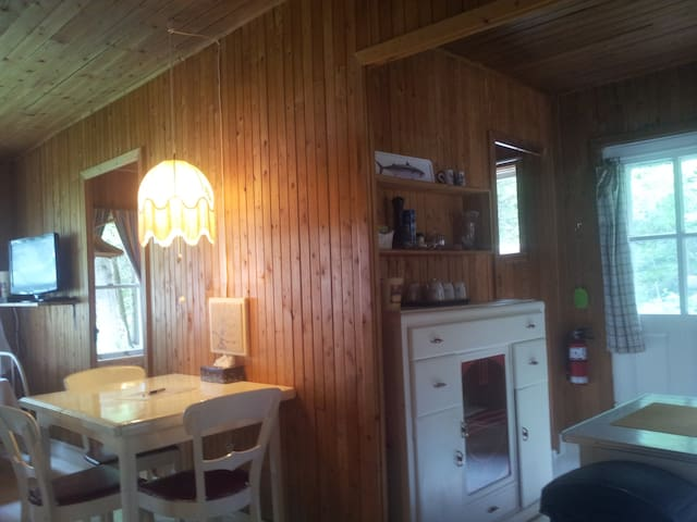 Le Petit Chalet in Metis Beach