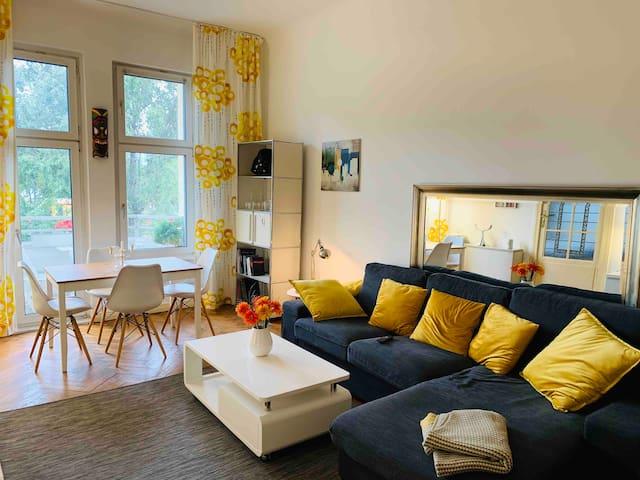 3 Zimmer Altbau, gemütlich und geräumig, top ÖPNV