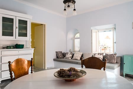 Traditional house in heart of town - Ermoupoli