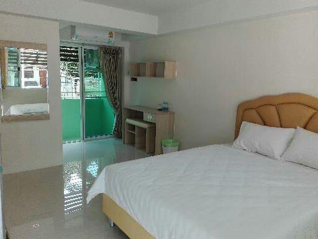 บ้านทรัพย์เพิ่มพูล - Ubon Ratchathani - Apartamento