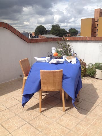 Everything is near my terrace - Bogotá - Appartement