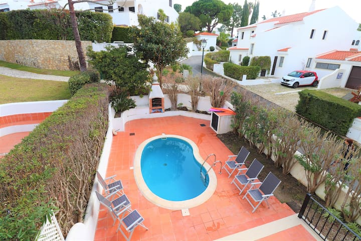 3 Bedroom Townhouse with pool Lakeside Quinta Lago