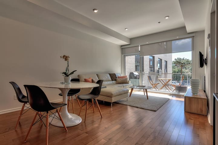 BEAUTIFUL AND MODERN APT WITH BALCONY - MILE EX