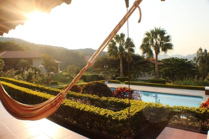 """La Querencia"" Beautiful Vilcabamba Vacation Home"