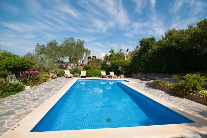 Modern Villa in St Josep de sa Talaia with Swimming Pool
