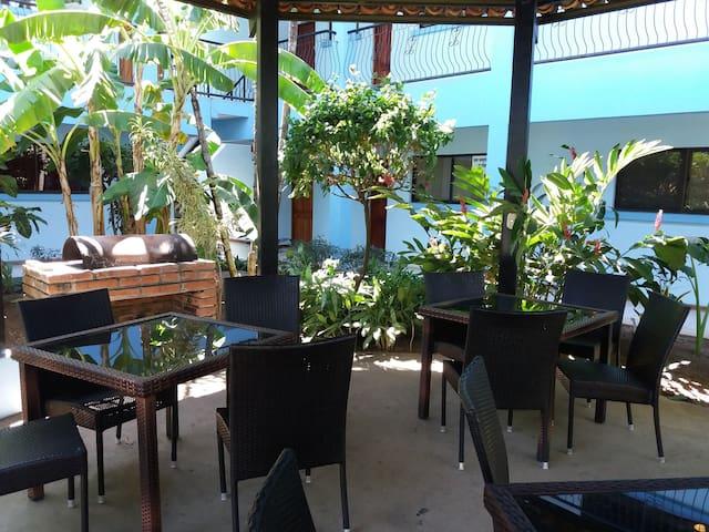 Budget fantastic rest pool ocean hotel