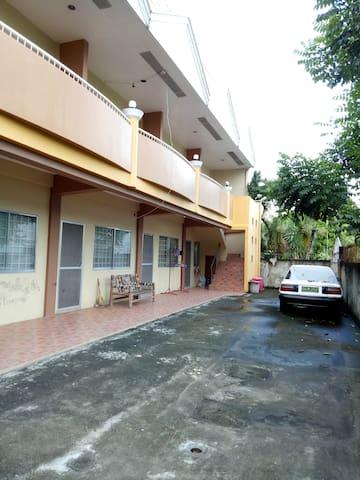 Daro Apt 7 (family room)(near silliman ,Cang's )
