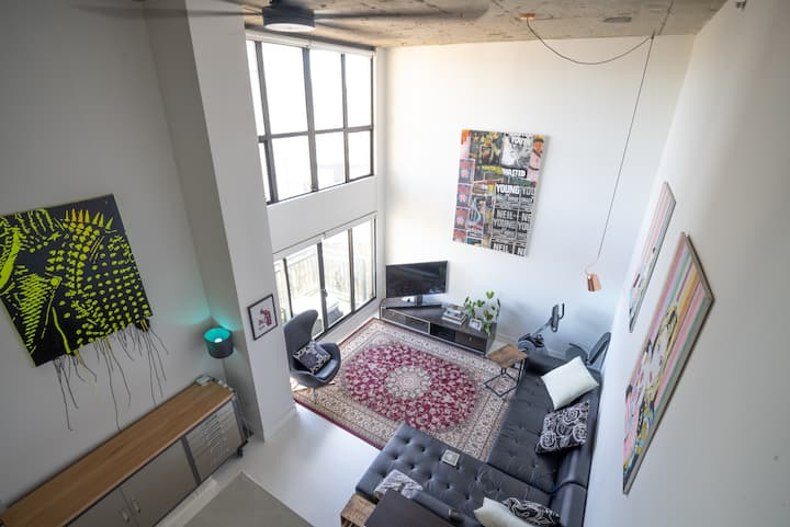 D81 - Beautiful Loft In Gastown