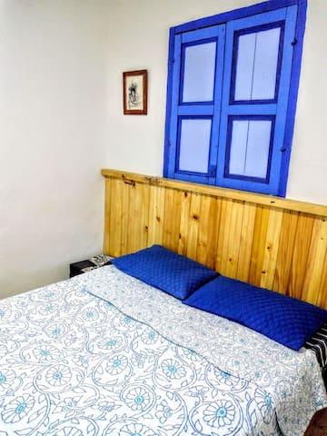 Acogedora habitación en una bella casa colonial.