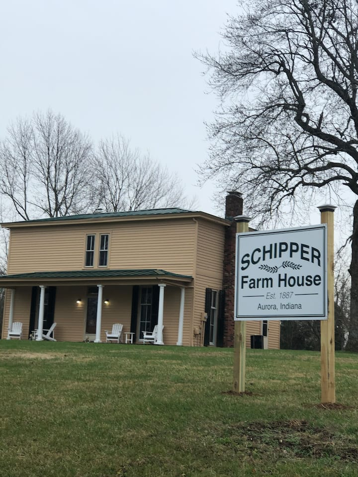 Schipper Farmhouse/CVG/Ski Slopes/Creation Museum/