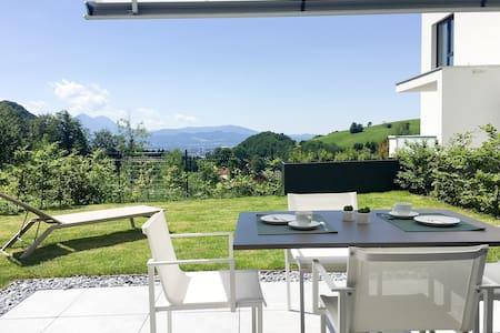 The View Apartment mit Garten am Fuße des Gaisberg