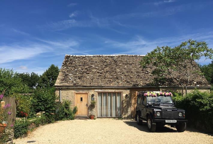 Cleveland House Barn