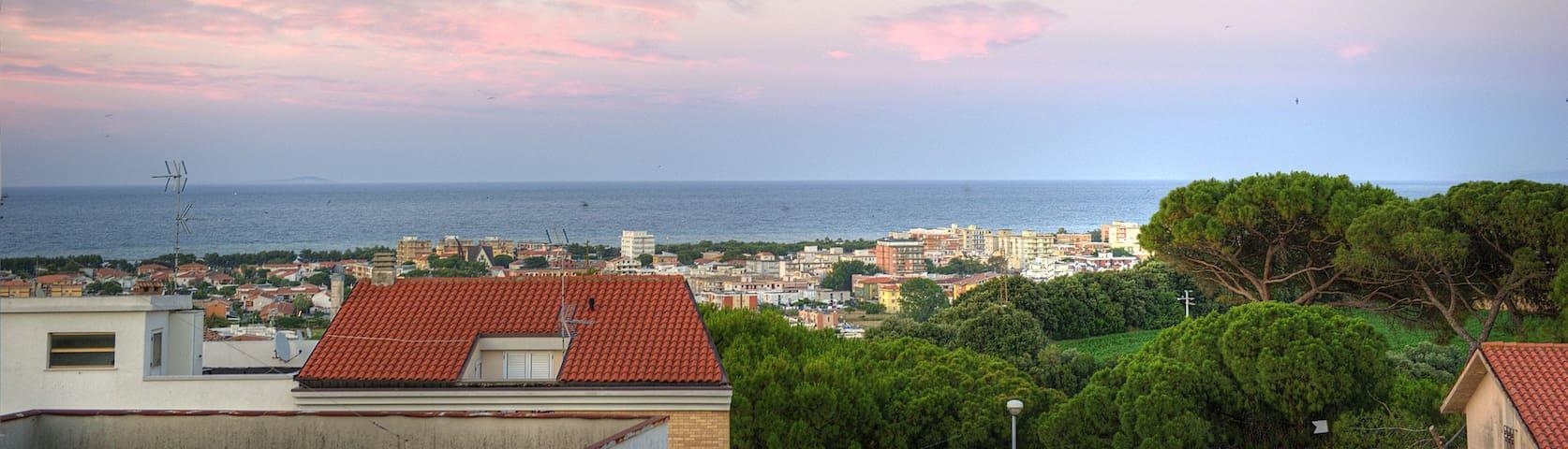 Attico completamente nuovo con vista mare - Campomarino - Apartment