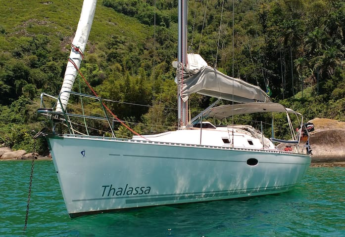 Sailing in Paraty - Charter and Day Charter