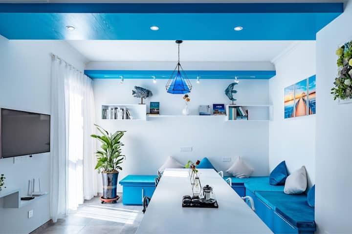 大理欢乐颂海边2号精品公寓地中海风格2晚接站(近洱海公园 圣托里尼)两室一厅88平米七楼