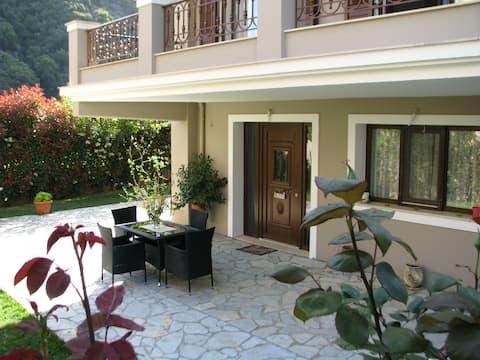 Sweet Home vicino a Patrasso