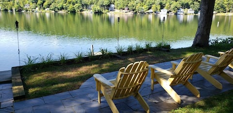 North Bay Sunsets and Lakeside Living Await!