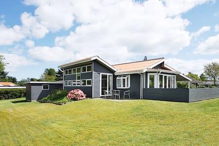 Sommerhus Ø. Hurup - Hadsund - Cabin