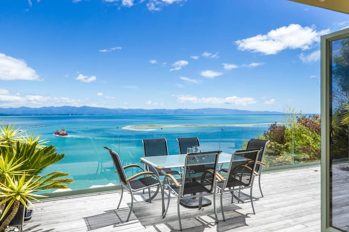 Harbour View - Two - Nelson Waterfront Apartment