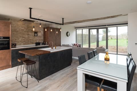 New Luxury Barn conversion, Cotswold's
