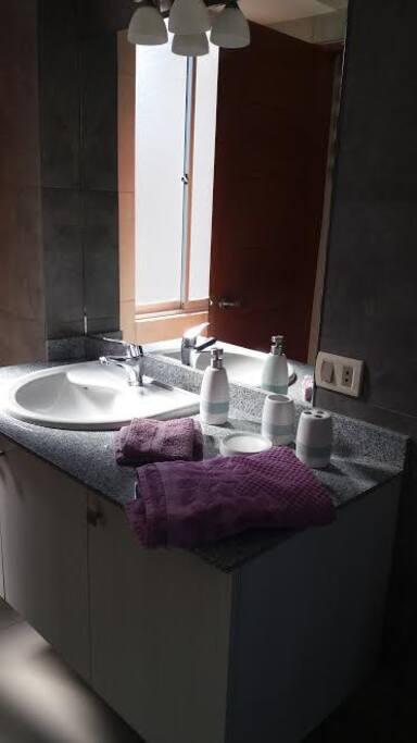 Lava manos, toallas