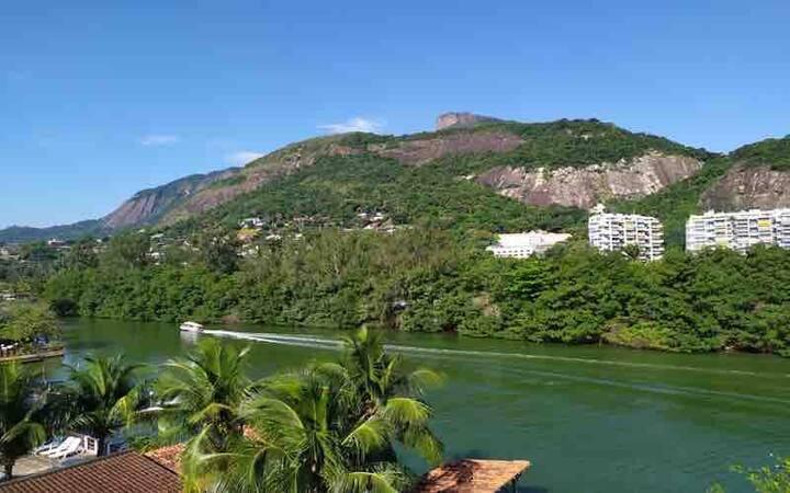 Ilha da Gigoia - De frente à Lagoa B. Da Tijuca